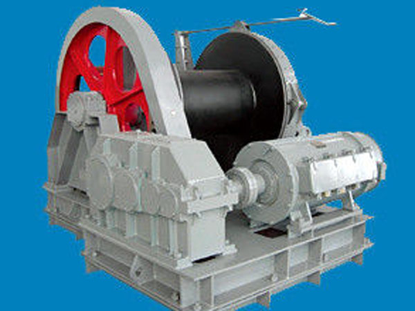 Marine electric winch with single drum